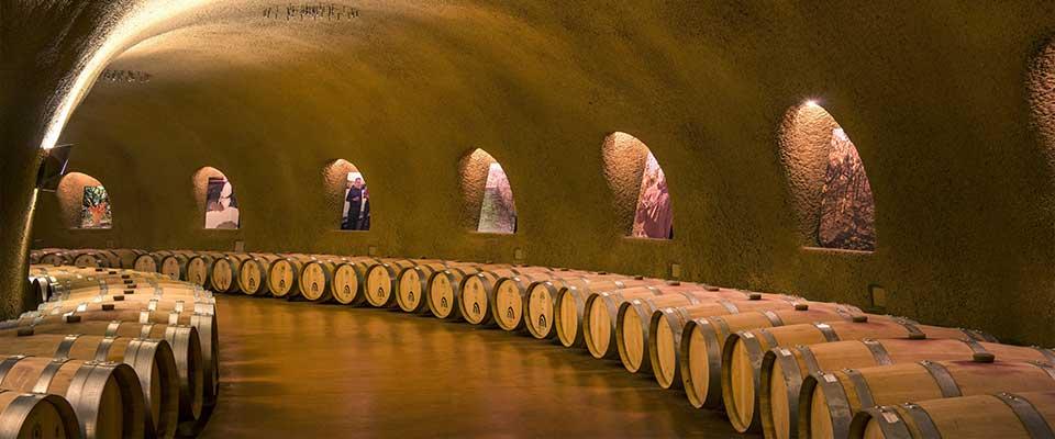Arredamento Enoteca Vineria (3)