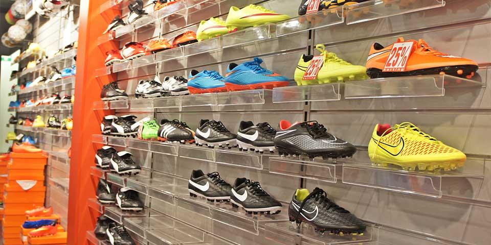 Arredamento per negozi retail (1)