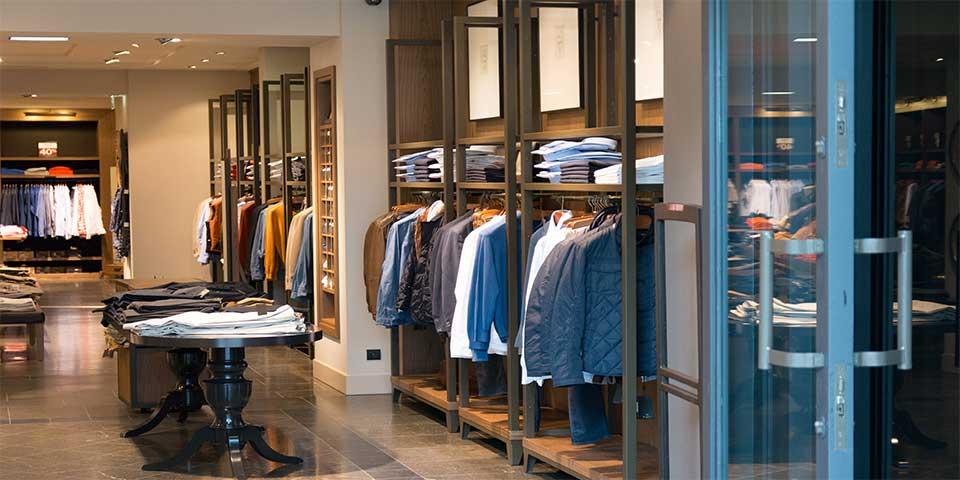 Arredamento per negozi retail (6)