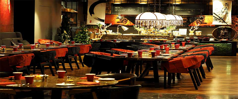 Arredamento ristorante etnico foto