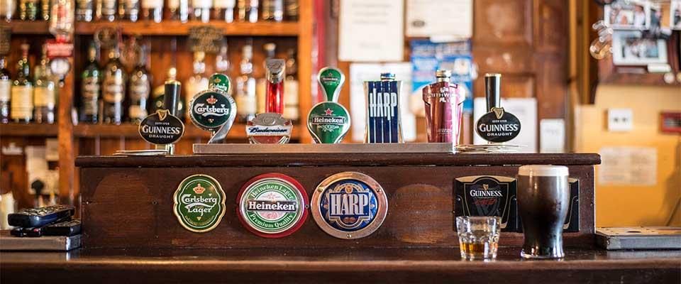 Arredamento Birreria Pub spine birra