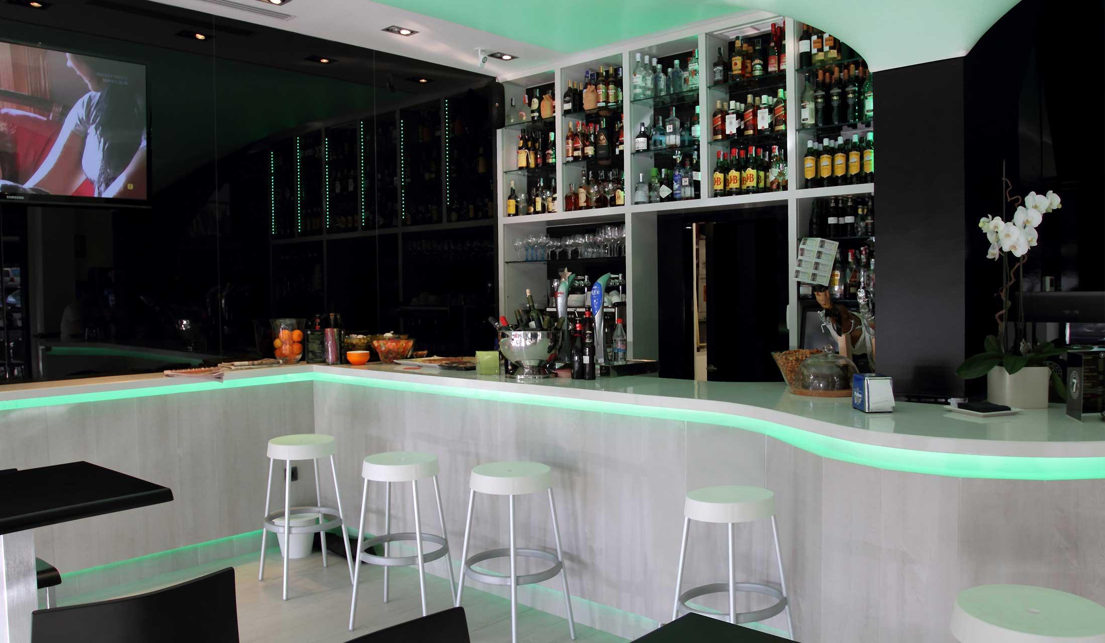 Arredi Bar Moderni arredamento ristorante moderno - progettazione esecuzione